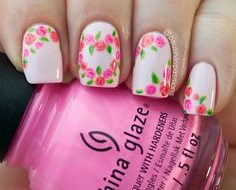 14 Schöne Rose Nail Art Designs