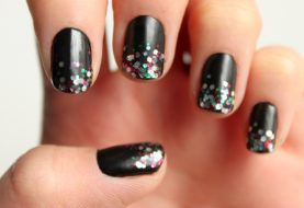 Add a Holiday Sparkle to Your Nails