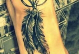 Breathtaking Feather Tattoo Designs to Get Inspried