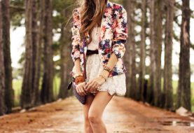 Floral Blazer Outfits for Women's Wardrobe